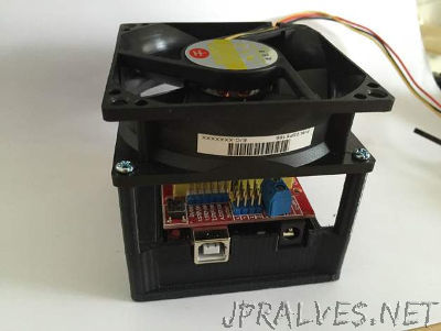Arduino case with fan mount
