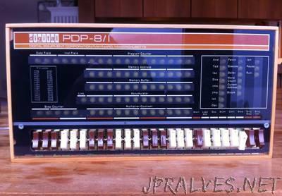 PiDP-8, a PDP-8/I Replica