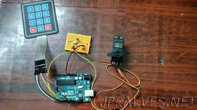 Arduino Playground - SingleServoExample