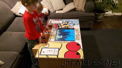 A DIY Arcade Table powered by Raspberry Pi