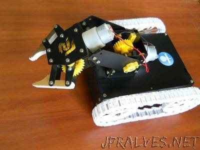 """Arduino """"Pick N Place"""" Android Robot"""