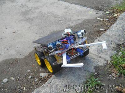 DIY Intelligent Autonomus Robot (Electronic Pet) /w Arduino