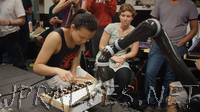Stanford students get creative with robots