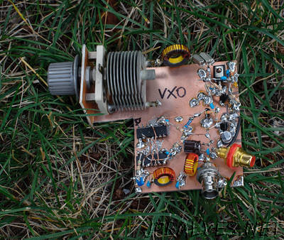 VXO  based PLL Frequency Synthesizer for 7 MHz