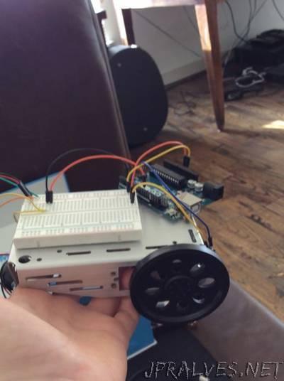 Arduino Servo Bot