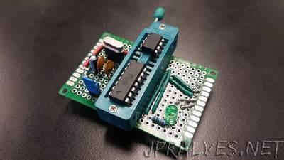 """ZIF Attiny """"Arduino As ISP"""" Programmer With External Clock"""