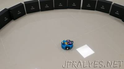 Graphic Programming Obstacle Avoidance Robot