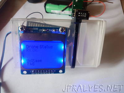 Arduino Wireless NRF24l01 Battery Voltage Monitor 5110 Screen and Low Battery Level Buzzer