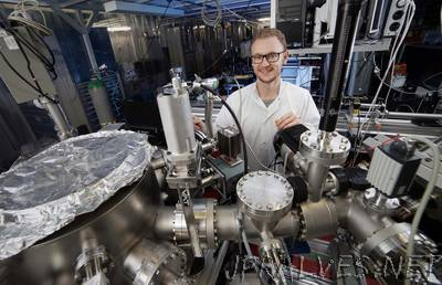 High resolution without particle accelerator