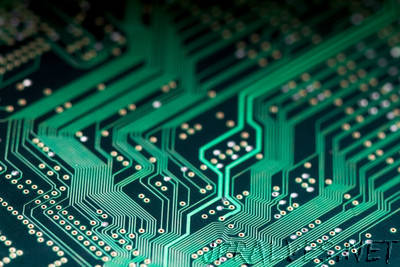 New ultrathin semiconductor materials exceed some of silicon's 'secret' powers, Stanford engineers find