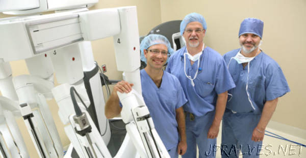 Team developing imaging upgrade for robotic surgery