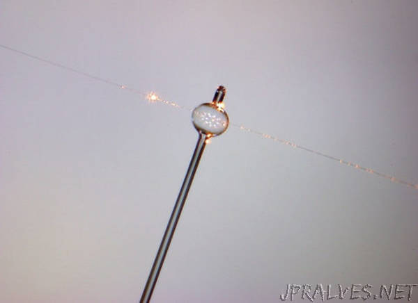 Bubbles and Whispers - Glass Bubbles Boost Nanoparticle Detection
