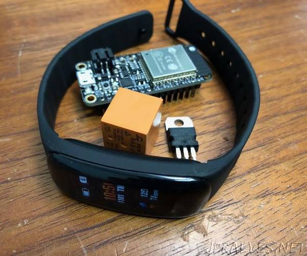 ESP32 BLE Presence Detector