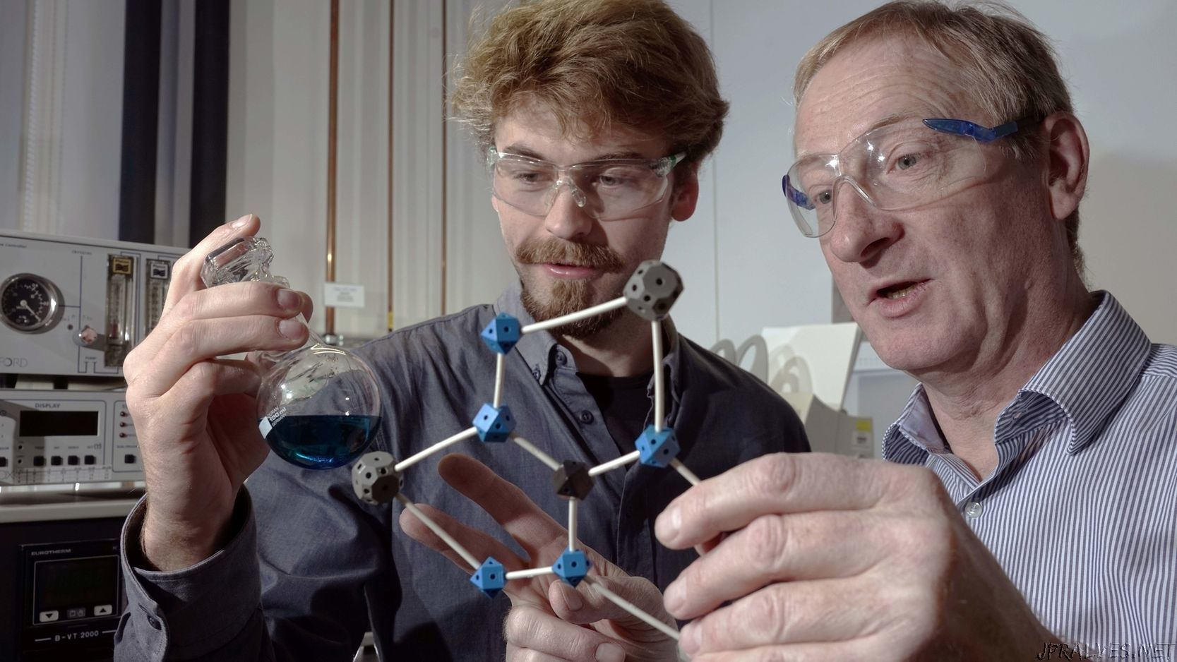 Copper compound as promising quantum computing unit