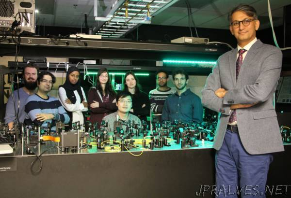 In the blink of an eye: uOttawa team uses quantum of light to create new quantum simulator