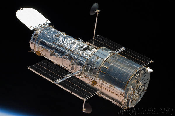 Hubble's Most-Used Camera is Back in Action After a Strange Malfunction