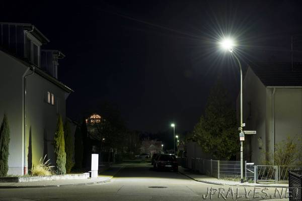 Highly Economical LED Street Lights Tested in Practice