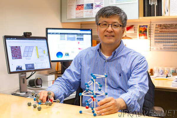 Engineers Boost Potential for Creating Successor to Shrinking Transistors