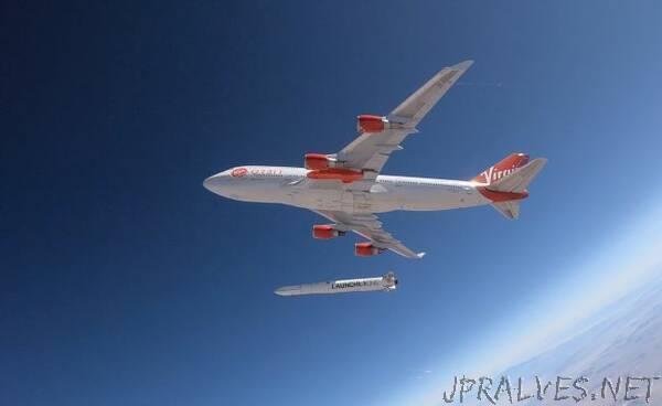 Virgin Orbit's Rocket-Launching 747 Jumbo Jet Nails 1st Drop Test