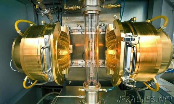 Charge fluctuations: A new property in superconductors