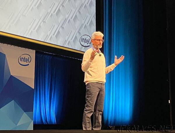 Intel Unveils New GPU Architecture with High-Performance Computing and AI Acceleration, and oneAPI Software Stack with Unified and Scalable Abstraction for Heterogeneous Architectures
