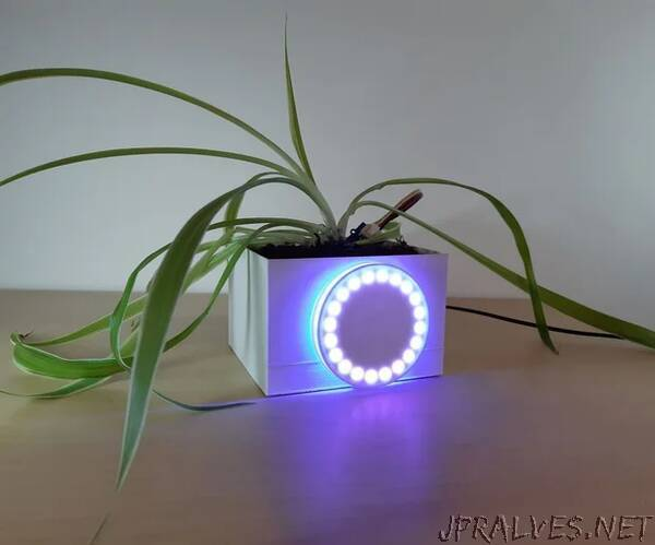 Connected Flowerpot by Micro:bit