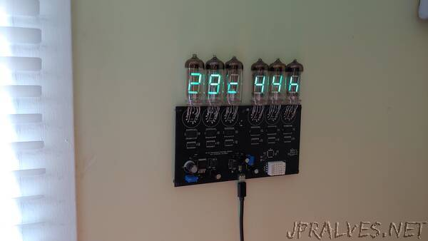 Temperature and Humidity Meter Using IV-11 VFD Tubes